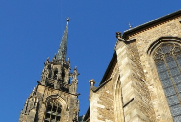 Stavba katedrály