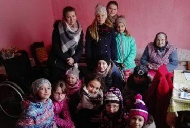 Uherčické děti zpívají nemocným